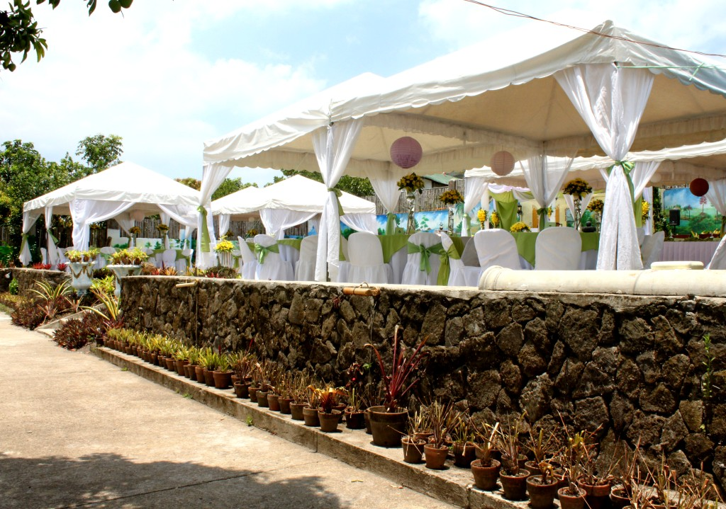 Wedding Venue Tagaytay Cheap And Affordable Room Accommodation Bed And Breakfast Hotel